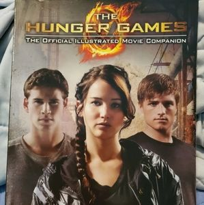 The Hunger Games Illustrated Companion Book